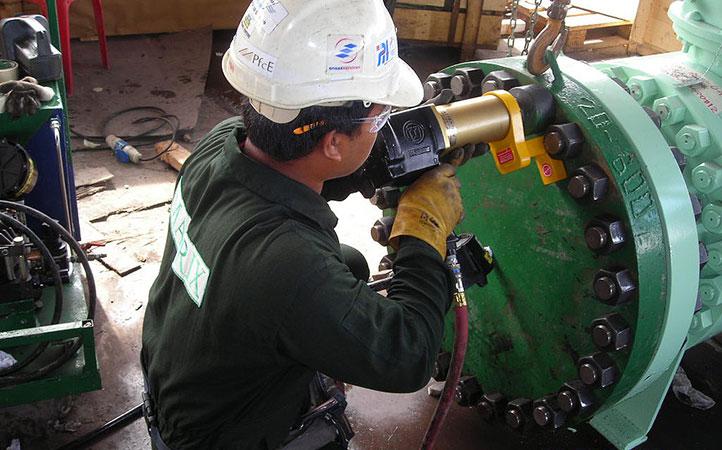 RAD Pneumatic Torque Wrench